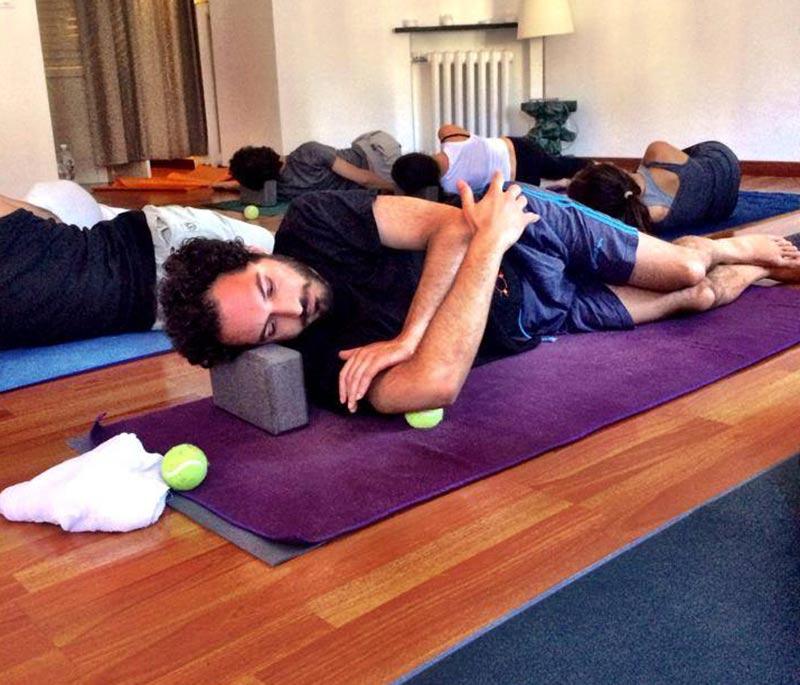 yoga con le palline